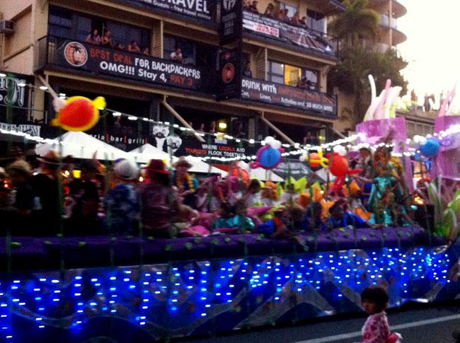 cns-festival-parade3