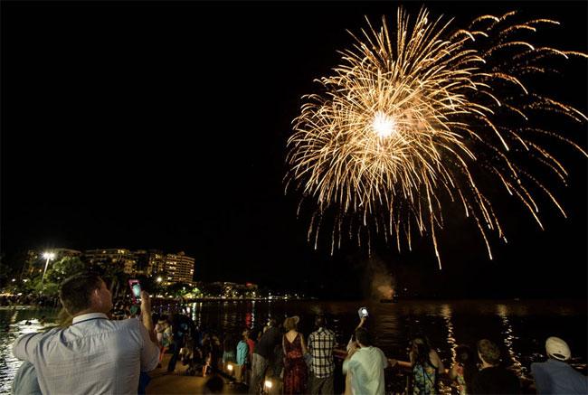 cns-festival-fireworks